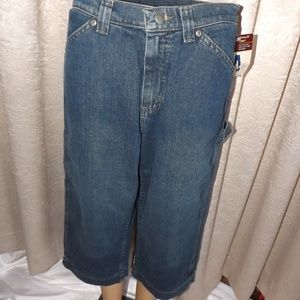 NWT Womens LEE Loose Fit Capris! Size 6M